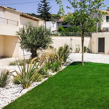 Paysagiste Aix En Provence Createur De Jardin 13 84 04 Nature Et Prestige