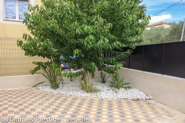 pavage entr e claustra jardin paysagiste aix luberon 13 84 nature prestige. Black Bedroom Furniture Sets. Home Design Ideas