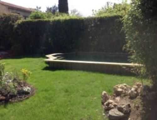 Construction d'une piscine sur mesure et aménagement des abords – Bouc Bel Air
