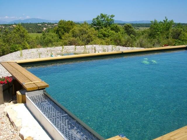 Réalisation d'une piscine naturelle à Vinon sur Verdon par Nature et Prestige