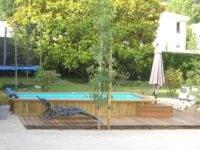 Construction d'une piscine bois Bluewood sur mesure en Provence par Nature et Prestige
