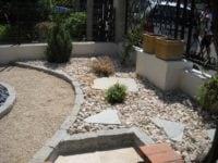 Aménagement d'un jardin minéral à Septème les Vallons